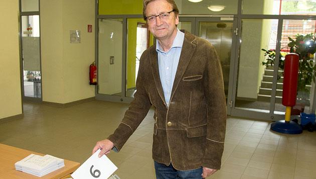 """Spitzenkandidaten gaben Stimme ab: """"Schlüsseltag"""" (Bild: APA/NEUMAYR/MMV)"""