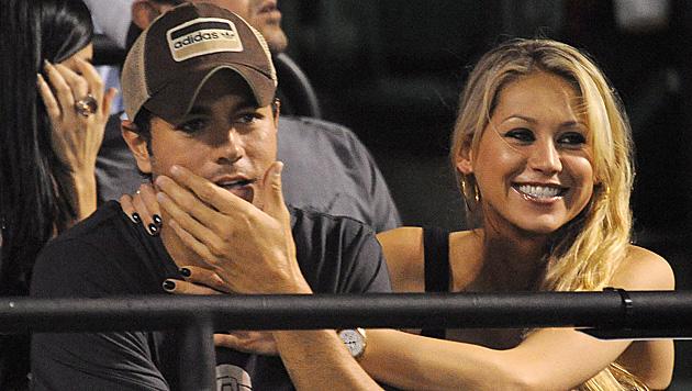 Heiratet Enrique Iglesias nun endlich Anna Kournikova? (Bild: EPA)