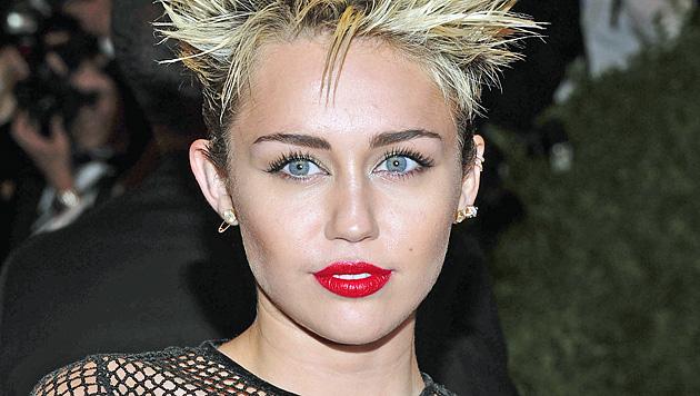"Miley Cyrus führt ""Hot 100""-Liste des ""Maxim"" an (Bild: AP)"