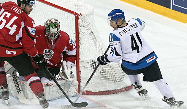 ÖEHV-Team verliert gegen Finnland klar mit 2:7 (Bild: EPA)