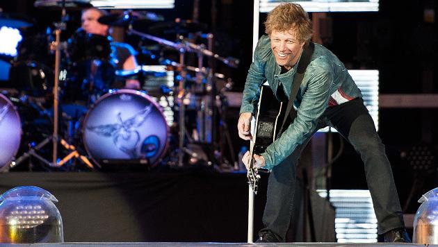 """Top-Star Bon Jovi """"duschte mit 50.000 Fans in Wien"""" (Bild: Andreas Graf)"""