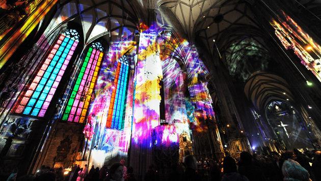 """330.000 Besucher kamen zur """"Langen Nacht der Kirchen"""" (Bild: APA/HERBERT PFARRHOFER)"""