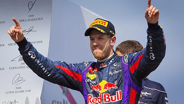 Vettel feiert Start-Ziel-Sieg vor Alonso und Hamilton (Bild: EPA)