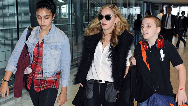Hatte Madonnas Tochter Lourdes eine Brust-OP? (Bild: AP)