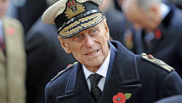 Prinz Philip feierte 92. Geburtstag im Krankenhaus (Bild: EPA)