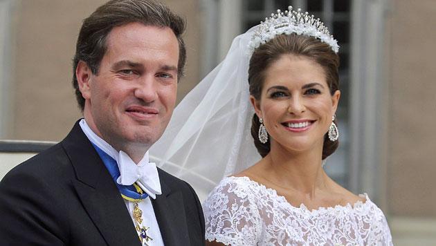 Prinzessin Madeleine und Chris O'Neill (Bild: EPA)