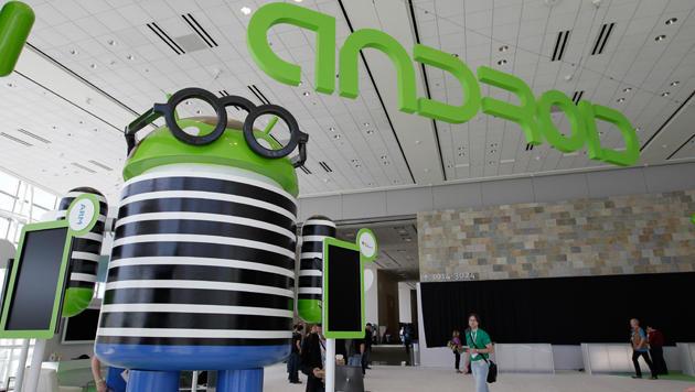 Android könnte bald mehr als Smartphones steuern (Bild: AP)
