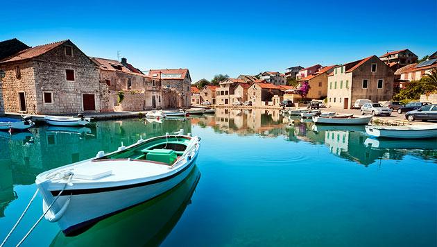 Goldene Strände und türkisklares Wasser in Kroatien (Bild: thinkstockphotos.de)