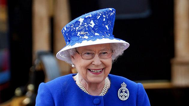 Geburtstagsfeier der Queen mit Kate, aber ohne Philip (Bild: AP)