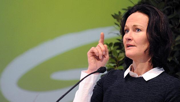 Glawischnig will U-Ausschuss zu Hypo-Desaster (Bild: APA/Herbert P. Oczeret)