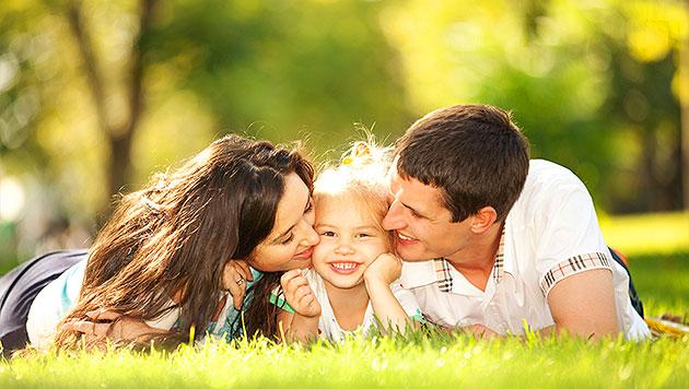 1,2 Milliarden Euro für Familien in den nächsten 4 Jahren (Bild: thinkstockphotos.de (Symbolbild))
