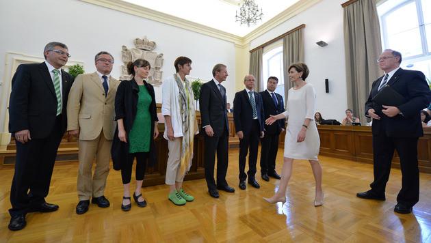 Neue Salzburger Landesregierung angelobt (Bild: APA/BARBARA GINDL)
