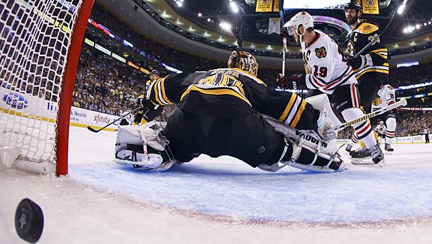 Chicago gleicht mit Sieg in Boston zum 2:2 aus (Bild: AP)
