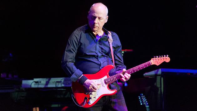 Gitarrenmeister Mark Knopfler kam, sah und spielte (Bild: Andreas Graf)