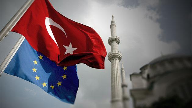 Türkei strebt EU-Beitritt in kommenden 6 Jahren an (Bild: EPA, krone.at-Grafik)