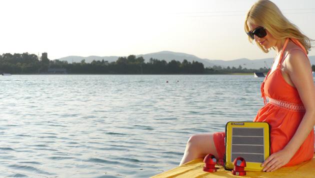 Steirisches Start-up bringt Solartasche für Gadgets (Bild: SunnyBAG)