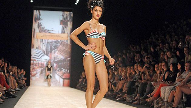 Model Rebecca Mir: Zu dick für die Pariser Laufstege (Bild: EPA)