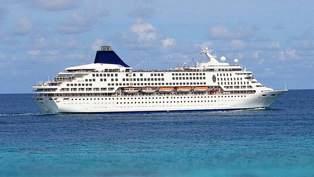 Britin (65) schwamm Kreuzfahrtschiff hinterher (Bild: thinkstockphotos.de)