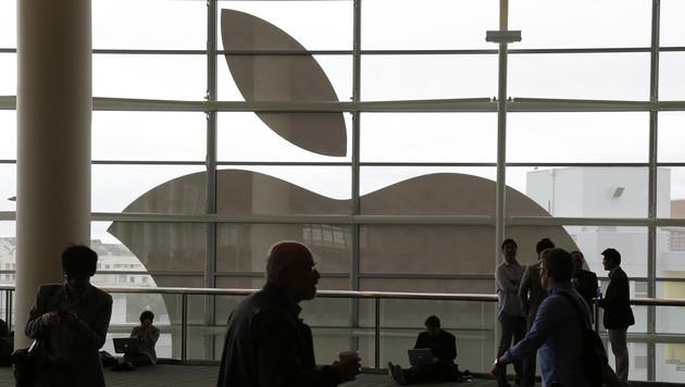 Apple kauft Aktien im Milliardenwert zurück (Bild: AP)