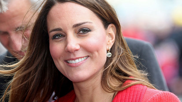 Großbritannien fiebert royalem Baby entgegen (Bild: AP)