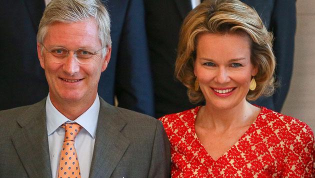 Belgiens Philippe wird ohne großen Pomp König (Bild: EPA)