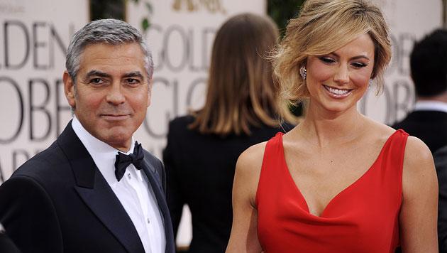 Clooney-Ex Stacy Keibler postet heißes Nacktfoto (Bild: EPA)