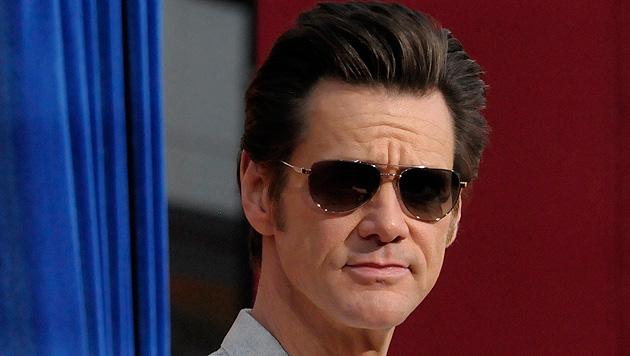Jim Carrey entschuldigt sich bei Waffen-Fans (Bild: AP)