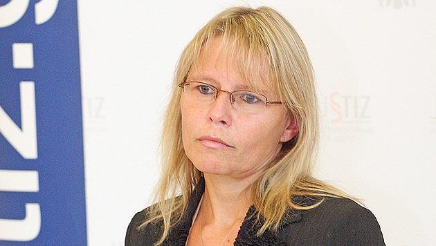 Ministerin Karl: Erfolge von Pannen überschattet (Bild: Martin A. Jöchl)