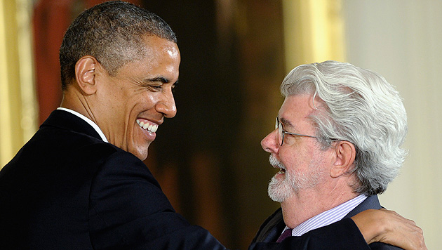 "Obama verlieh George Lucas die ""Medal of Arts"" (Bild: EPA, AP)"
