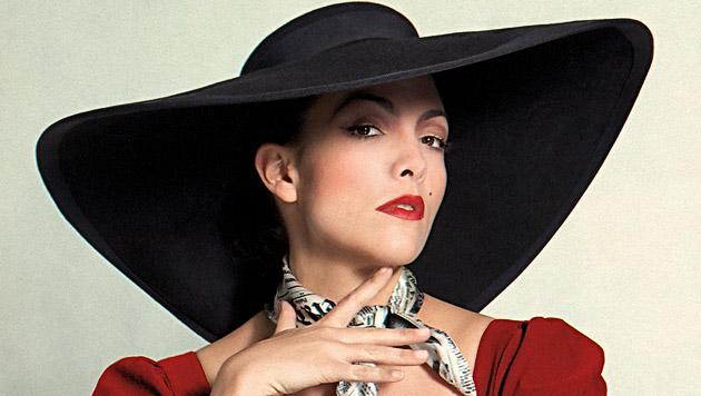 Caro Emerald: Schockierende Lady mit Nostalgie-Flair (Bild: Universal Music)