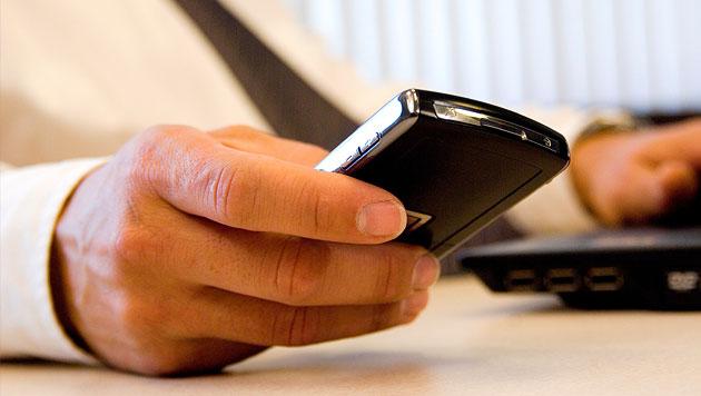Forscher knacken Handy-PIN mit Kamera und Mikro (Bild: thinkstockphotos.de)