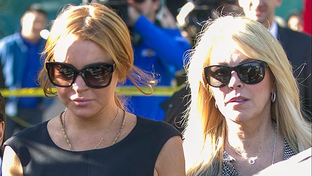 "Mama Dina Lohan: ""Lindsay zieht nicht bei mir ein"" (Bild: AP)"