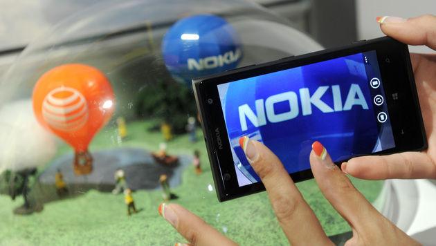 Nokia-Verkauf an Microsoft diesen Freitag (Bild: AP)