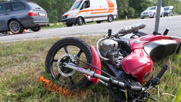 38-Jähriger kommt bei Motorradunfall ums Leben (Bild: Neumayr/MMV)