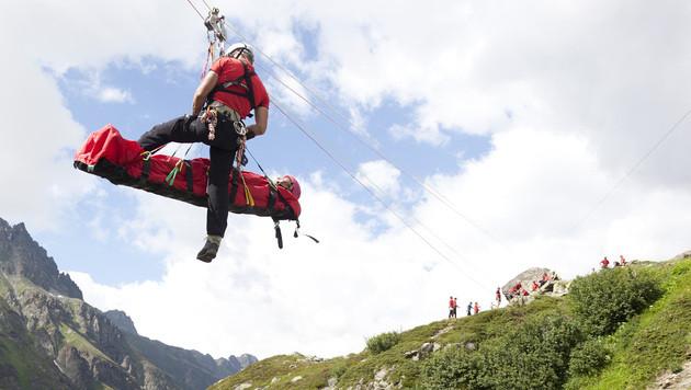 14-Jährige stürzte beim Wandern ab - tot (Bild: APA/ÖSTERREICHISCHEN LOTTERIE/D/DIETM (Symbolbild))