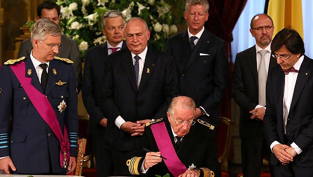 Philippe ist offiziell der neue König von Belgien (Bild: EPA)