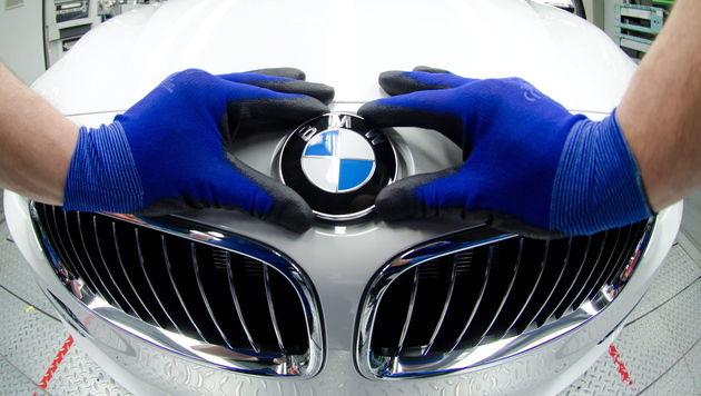 BMW liebäugelt mit Kooperation mit Apple & Google (Bild: EPA)