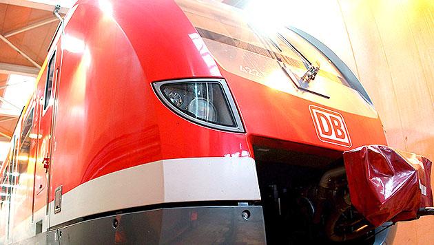 Salzburgerin (14) von S-Bahn erfasst und getötet (Bild: EPA (Symbolbild))