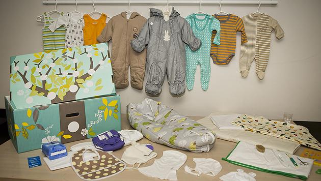 Das sind die ersten Geschenke für den kleinen Prinzen (Bild: EPA)