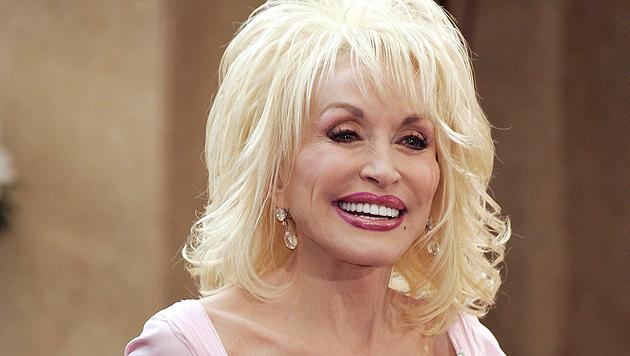 Dolly Parton: Aus Angst vor Krebs unters Messer (Bild: EPA)