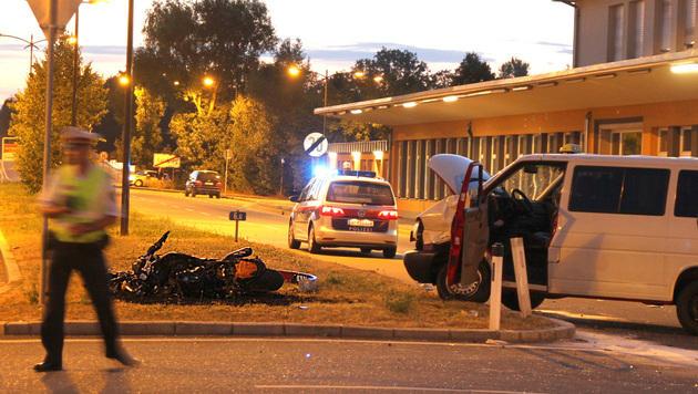 33-jähriger Biker stirbt bei Kollision mit Transporter (Bild: MARKUS TSCHEPP)