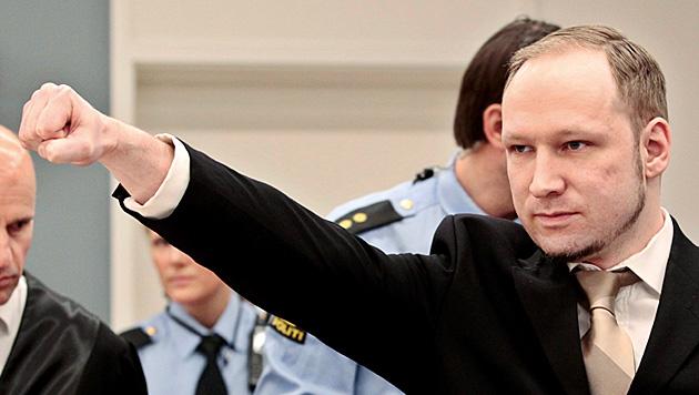 Breivik: Notfalls bis zum Menschenrechtsgericht (Bild: EPA)