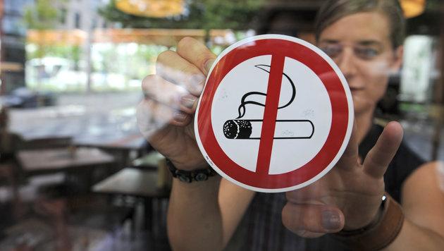 Totales Rauchverbot in der Gastronomie ab Mai 2018 (Bild: dpa/Armin Weigel)