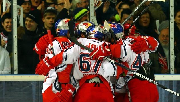 Red Bull Salzburg besiegt HC Mountfield 5:4 (Bild: APA/KRUGFOTO/DANIEL KRUG)