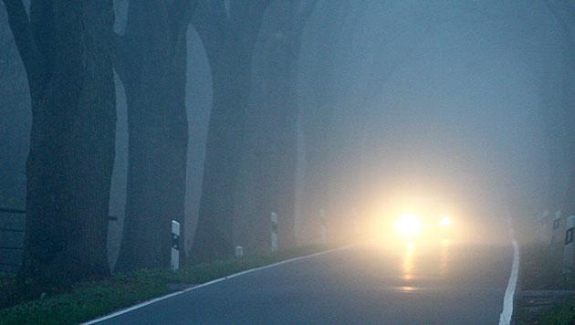 Frau in Neuseeland fuhr im Schlaf 300 km mit Auto (Bild: dpa/Carsten Rehder (Symbolbild))