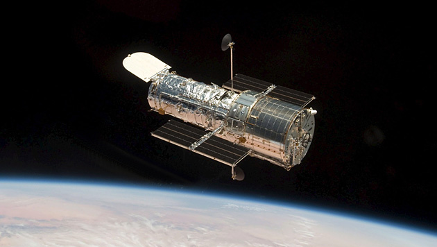"Das Weltraumteleskop ""Hubble"" im Erdorbit (Bild: NASA)"
