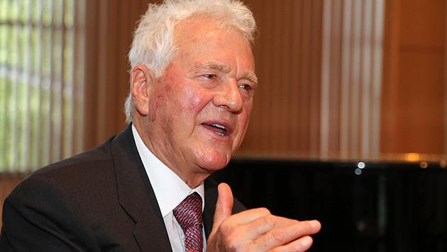 Stronach zahlt 100.000 € für beste politische Idee (Bild: Zwefo)