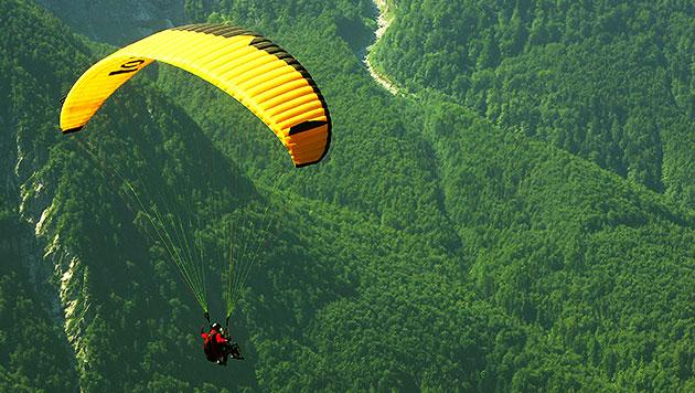 Pilot stirbt bei Tandem-Flug (Bild: thinkstockphotos.de (Symbolbild))