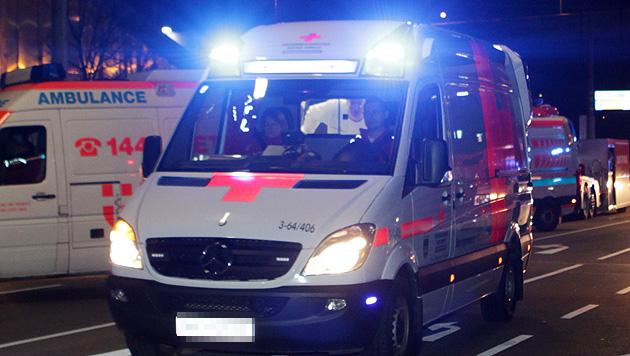 20-Jähriger bei Messerattacke schwerst verletzt (Bild: APA/Philipp Schalber (Symbolbild))