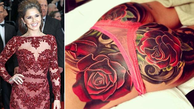 Sängerin Cheryl Cole zeigt ihr riesiges Po-Tattoo (Bild: EPA, Instagram)